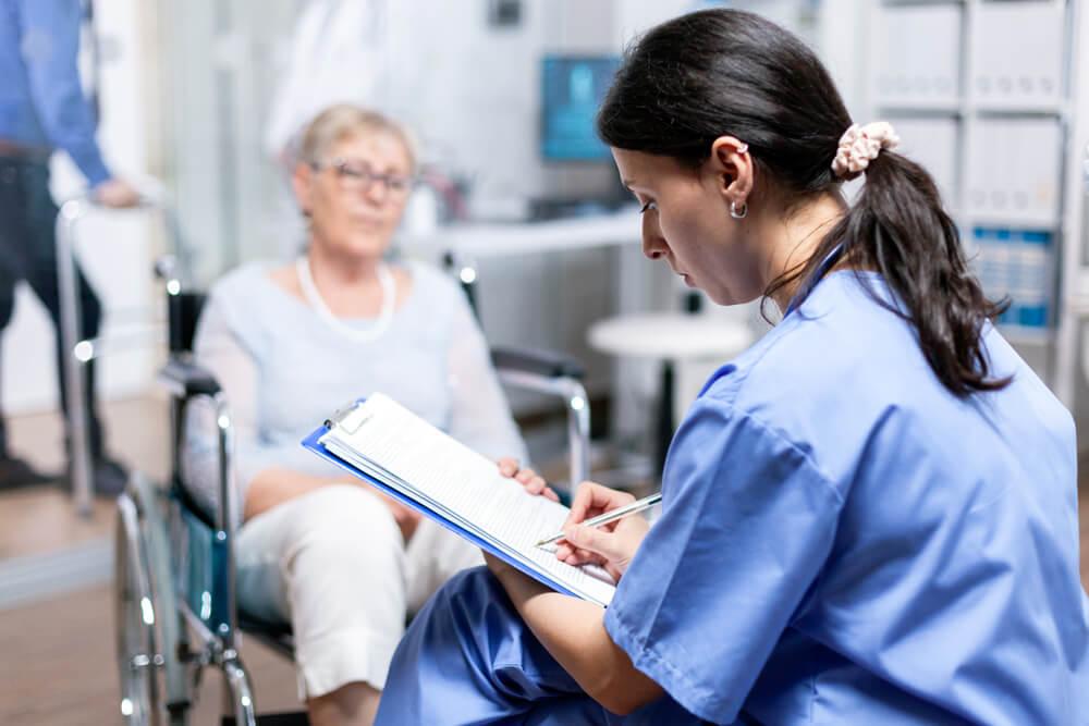 Los informes médicos son muy importantes en la reclamación previa por discapacidad